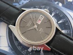 Nice Vintage King Seiko Hi-beat 5626-7111 Black Dial Automatic 25 Jewels Watch