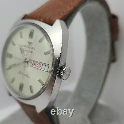Vintage Longines Wittnauer Men's Automatic watch D11KAS1, Day/Date 17jewels 1970s